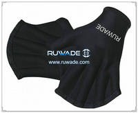 Neoprene webbed swimming gloves -006
