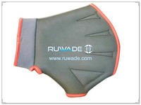 3mm neoprene swimming gloves -008