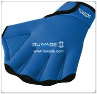 Neoprene webbed swimming gloves -010