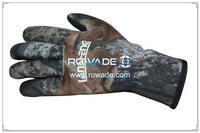 thick-full-finger-neoprene-sport-gloves-rwd004-1