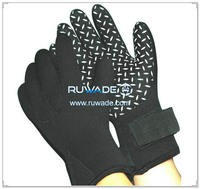 3mm full finger neoprene sport gloves -041