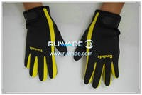 2mm neoprene sports gloves -022