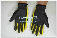 thin-full-finger-neoprene-sports-gloves-rwd022-2