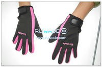 thin-full-finger-neoprene-sports-gloves-rwd022-7