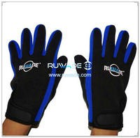 2mm neoprene diving gloves -023