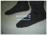 neoprene-mid-socks-rwd028-3