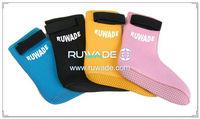 neoprene-mid-socks-rwd029-3