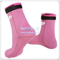 neoprene-mid-socks-rwd031-2