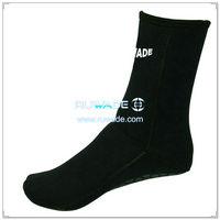 neoprene-mid-socks-rwd032-6