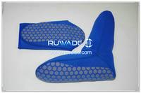 neoprene-mid-socks-rwd036-3