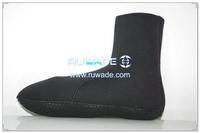 neoprene-mid-socks-rwd038-1