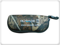 Camo neoprene sunglasses case -035