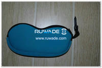 Neoprene sunglasses pouch -037
