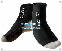 Neoprene ankle support brace -010