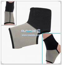 Neoprene ankle support -017