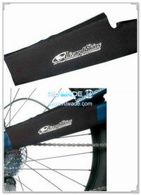 Neoprene bicycle chainstay protector -011
