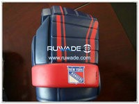 Foam hockey glove can cooler holder -014-05