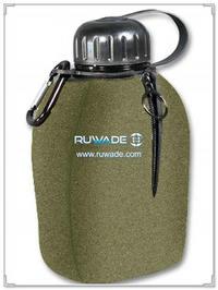 neoprene-water-beverage-bottle-cooler-holder-insulator-rwd068
