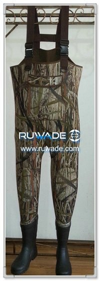 Camo hunting neoprene chest fishing wader -017