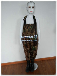 Camo hunting neoprene chest fishing wader -024