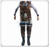 Camo hunting neoprene chest fishing wader -025