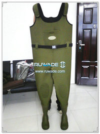 Plain color neoprene chest fishing wader -075