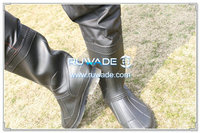 PVC-chest-fishing-wader-rwd003-4