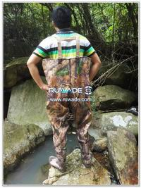 PVC-chest-fishing-wader-rwd004-5