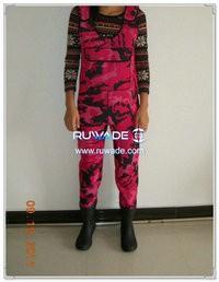 Pink camo neoprene chest wader -008