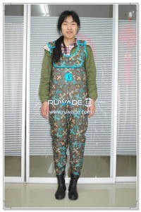 women-camo-neoprene-chest-fishing-wader-rwd009-1