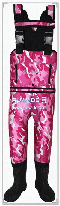 Girls pink camo neoprene chest fishing wader -011