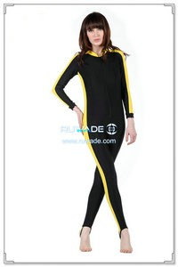 one-piece-rash-guard-front-zipper-rwd015-1