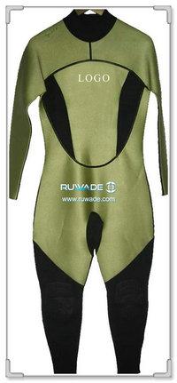 Full wetsuit -004