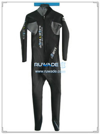 Full wetsuit -023