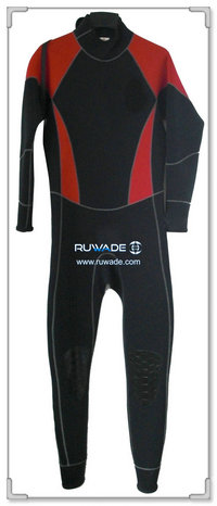 Full wetsuit -035
