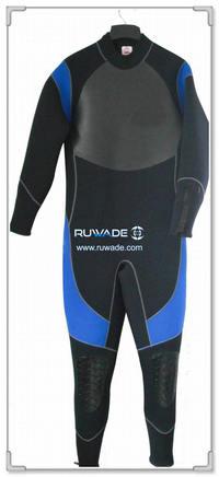 Full wetsuit -036