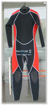 Full wetsuit -046