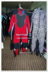 Full wetsuit -105-1
