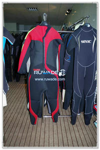 Surfing suit -110