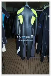 Full wetsuit -111
