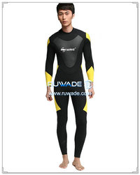 Men surfing suit -122