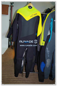 Neoprene surfing suit -125-1