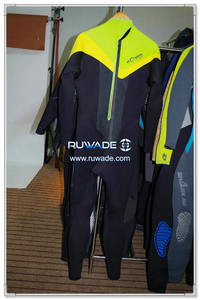 Neoprene surfing suit -125