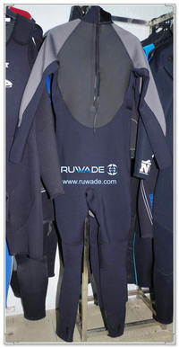 Full wetsuits back zipper -138