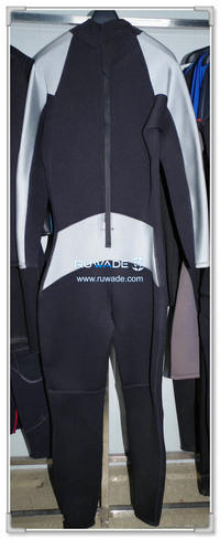 Full wetsuits back zipper -140