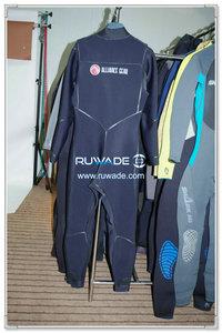 Chest zip scuba diving suit -001