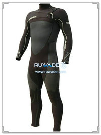 Scuba diving wetsuit with chest zip -007