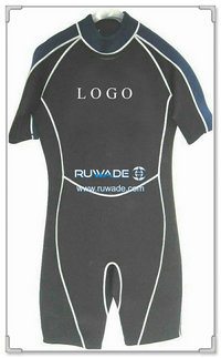 Shorty surfing wetsuit with back zipper -013