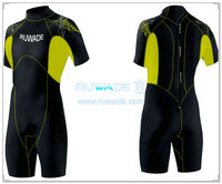 Men shorty wetsuit with back zipper -022
