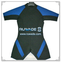 Shorty surfing wetsuit with back zipper -034